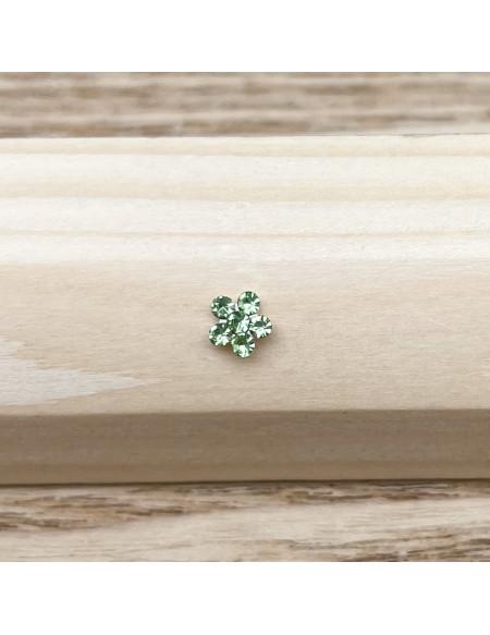 Piercing nez barbell droite brillant fleur verte